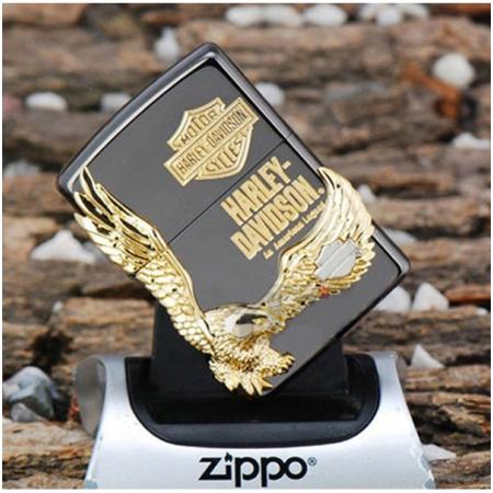 Bật lửa Zippo Mỹ màu đen hình chim đại bàng vàng - Mã SP: Z126