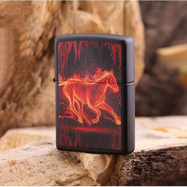 Bật lửa Zippo Mỹ in hình ngựa lửa - 0988 00 11 31