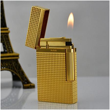 Bật lửa S.T.Dupont vàng kẻ caro nhỏ - Mã SP: BLD028
