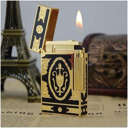 Bật lửa S.T.Dupont sơn mài đen hoa văn vàng hoàng gia - Mã SP: BLD036