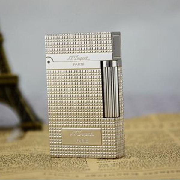 Bật lửa S.T.Dupont màu trắng caro khắc chữ - 0988 00 11 31