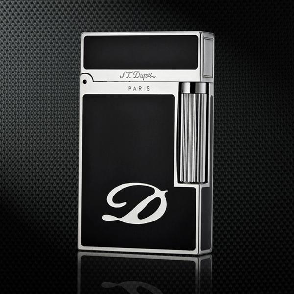 Bật lửa S.T.Dupont màu đen viền trắng bạc D