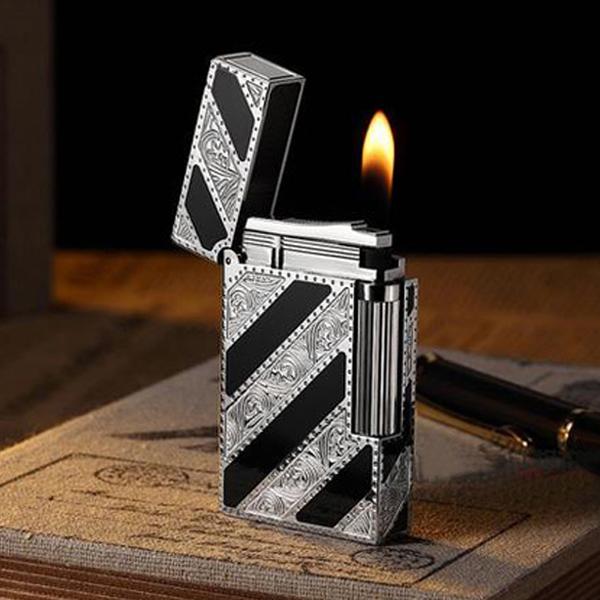 Bật lửa S.T.Dupont sơn mài đen hoa văn bạc chéo - 0988 00 11 31