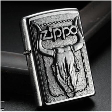 Bật lửa Zippo Mỹ khắc hình đầu bò - Mã SP: Z010