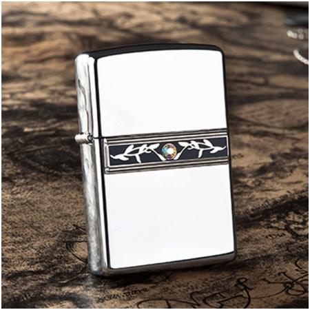 Bật lửa Zippo Mỹ màu trắng bóng - Mã SP: Z012