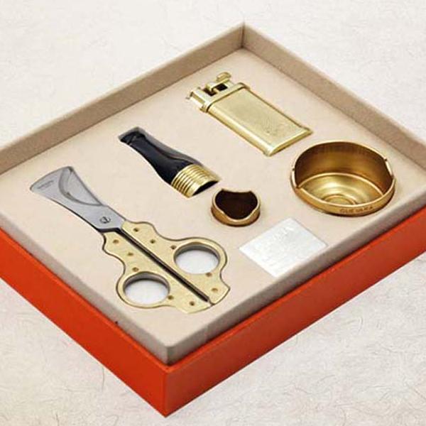 Set gạt tàn Cigar, bật lửa khò Cigar, ống đựng Cigar Cohiba - 0988001131