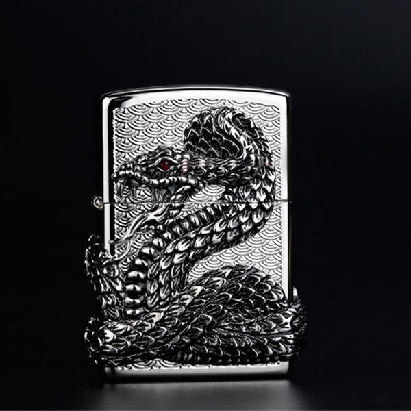 Bật lửa Zippo Mỹ hình rắn - 0988 00 11 31