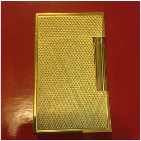 Bật lửa S.T.Dupont màu vàng sọc chéo viền vàng - Mã SP: BLD161