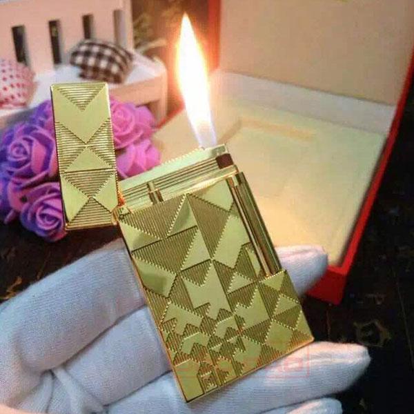 Bật lửa S.T.Dupont màu vàng hoa văn tam giác - 0988 00 11 31