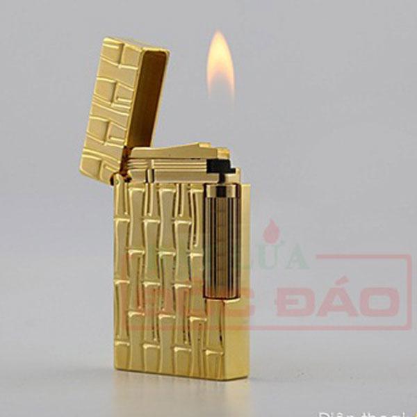Bật lửa S.T.Dupont màu vàng hoa văn hình ống trúc - 0988 00 11 31