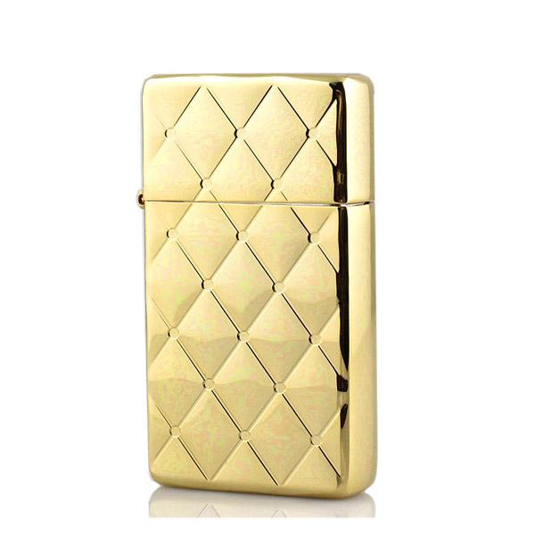 Bật lửa Zippo Mỹ hoa văn kim cương màu vàng - 0988 00 11 31