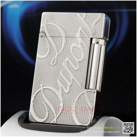Bật lửa S.T.Dupont màu trắng bạc sọc đứng khắc chữ S.T.Dupont - Mã SP: BLD144