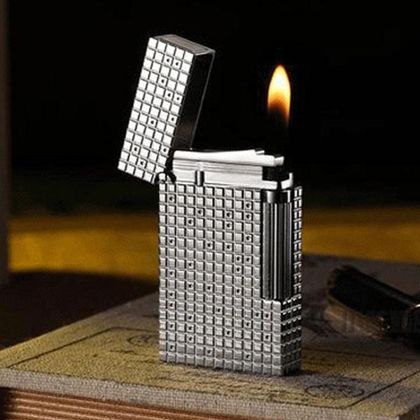 Bật lửa S.T.Dupont màu trắng bạc chấm caro nhỏ - 0988 00 11 31