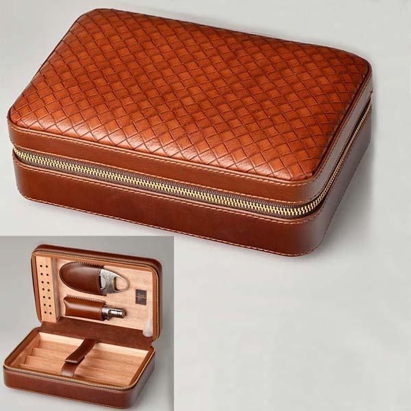 Set hộp giữ ẩm xì gà 4 điếu có dao cắt và bật lửa Lubinski Mã SP: S003 - 0988 00 11 31