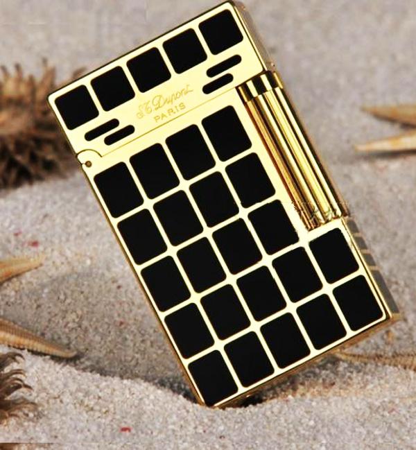 Bật lửa S.T.Dupont kẻ ca rô chữ nhật vàng đen sang trọng - 0988 00 11 31