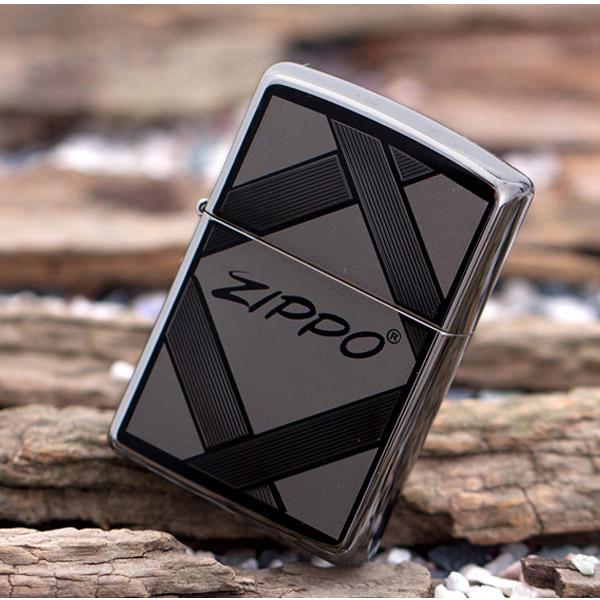 Bật lửa Zippo Mỹ băng đen in chữ Zippo ở giữa  - 0988 00 11 31