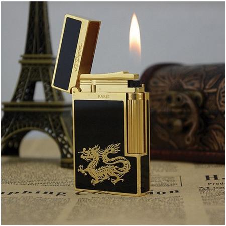 Bật lửa S.T.Dupont gold sơn mài đen viền vàng chạm rồng vàng - Mã SP: BLD011