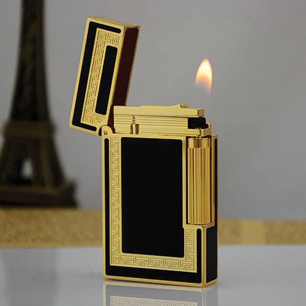 Bật lửa S.T.Dupont sơn mài đen viền vàng hoa văn chữ nhật - 0988 00 11 31