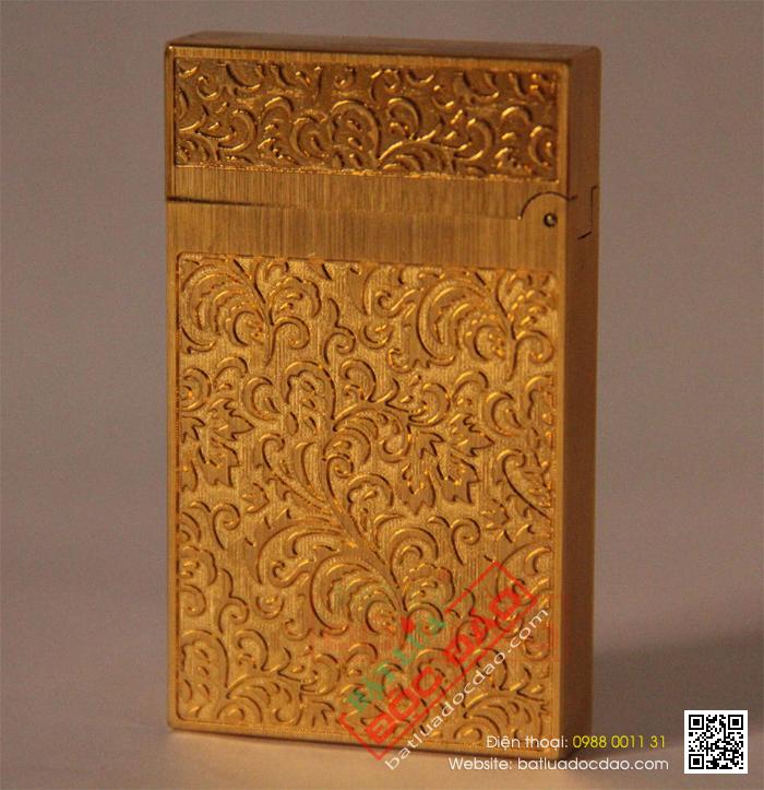 Bật lửa S.T.Dupont gold hoa văn hoa lá tinh xảo - Mã SP: BLD135