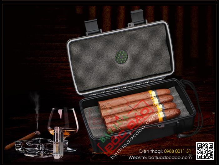 Hộp giữ ẩm Cigar Xikar loại nhỏ 4 điếu kiểu vali chính hãng- Mã SP: XH10